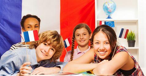 { en: 'French Teachers Association of Hong Kong', cn: '香港法國教師協會' } 0