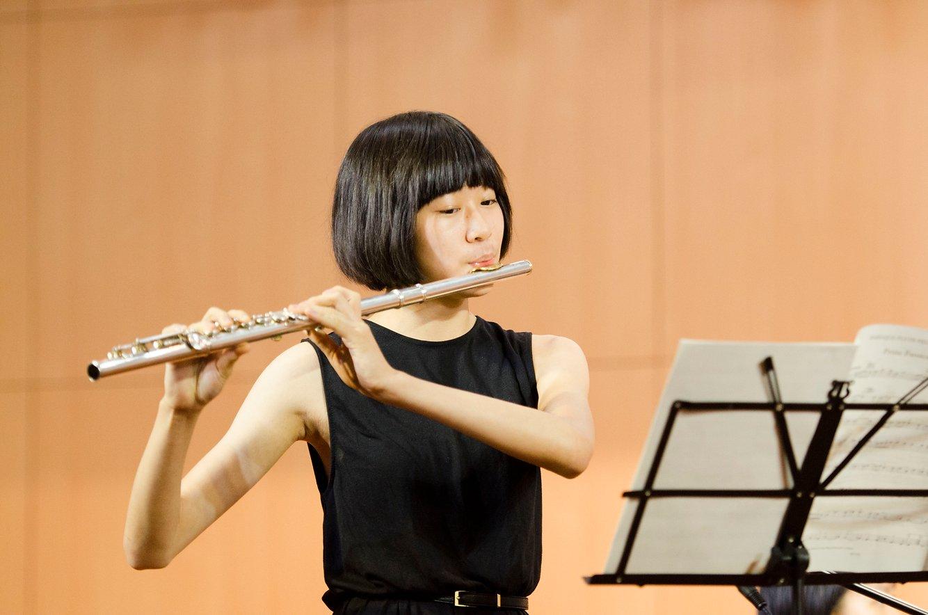 {               en: 'Fine Music (Yuen Long, Shatin, Fanling, Tuen Mun)',               cn: '悅藝音樂教育 (元 朗, 沙田, 粉嶺, 屯門)'             } 3