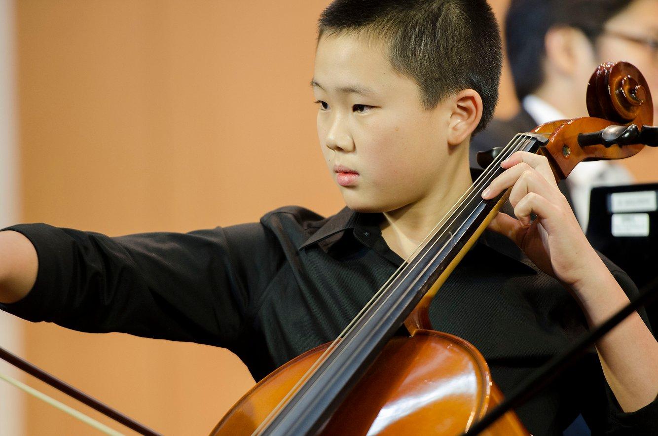 {               en: 'Fine Music (Yuen Long, Shatin, Fanling, Tuen Mun)',               cn: '悅藝音樂教育 (元 朗, 沙田, 粉嶺, 屯門)'             } 4