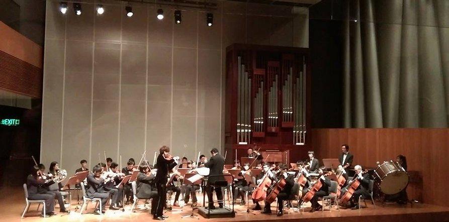 {               en: 'Fine Music (Yuen Long, Shatin, Fanling, Tuen Mun)',               cn: '悅藝音樂教育 (元 朗, 沙田, 粉嶺, 屯門)'             } 9