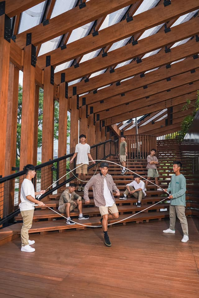 { en: 'Hong Kong Rope Skipping Club ', cn: '香港花式跳繩會' } 4