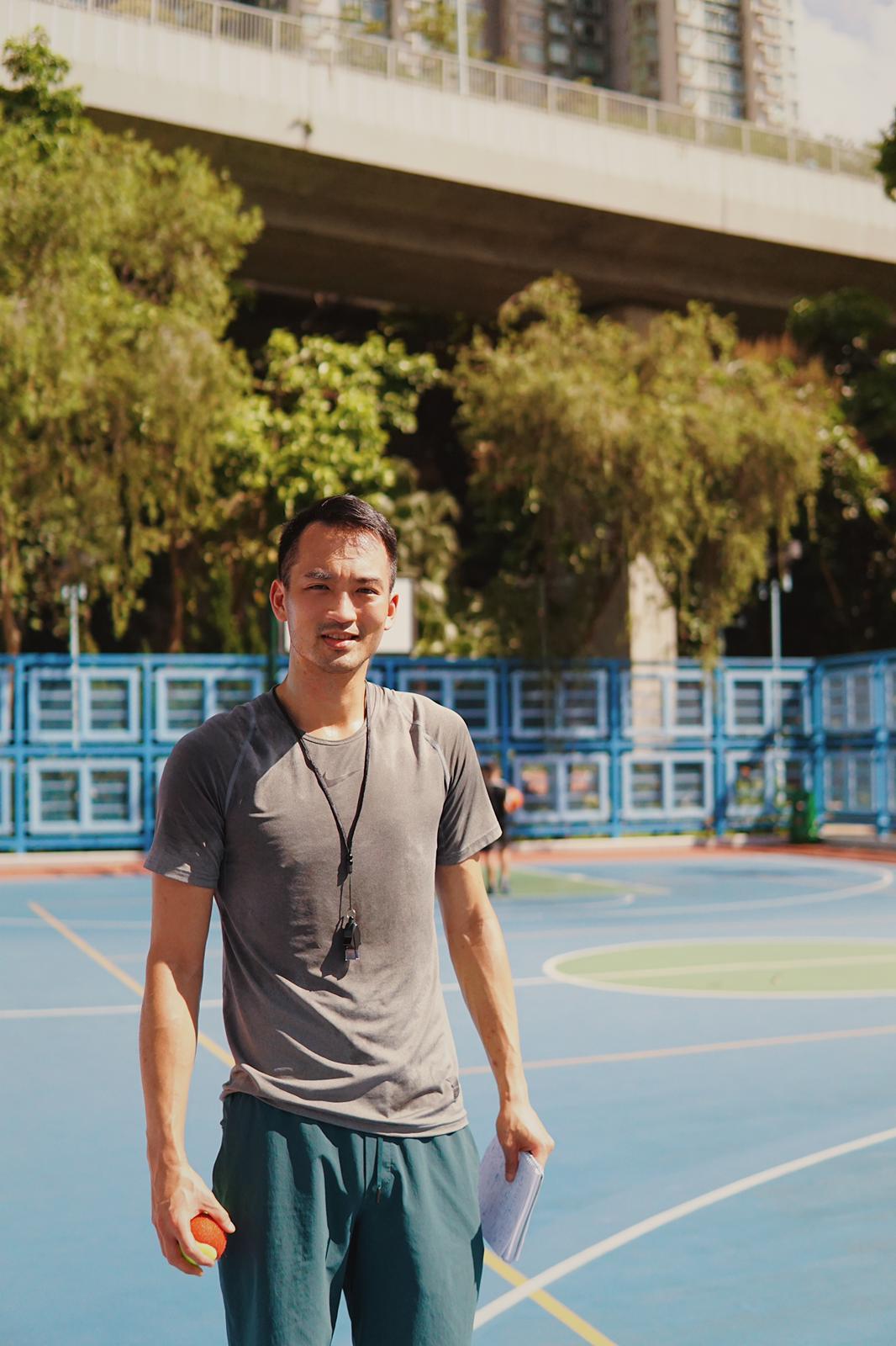 {               en: 'ELV -  Basketball Fundamentals & HIIT Fitness',               cn: 'ELV - 籃球基礎和HIIT體育課程'             } 1